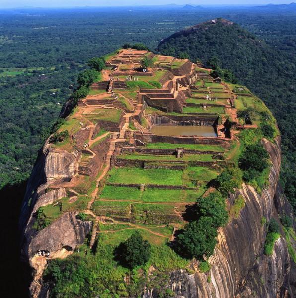 My Country Sri Lanka Essay