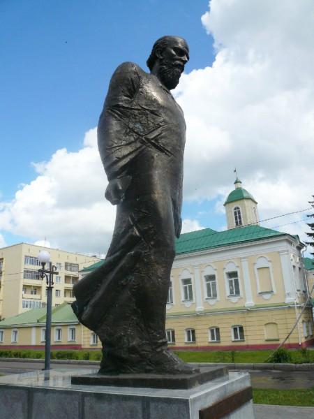 Памятники в омске цены с человека изготовление памятников цены фото Майкоп