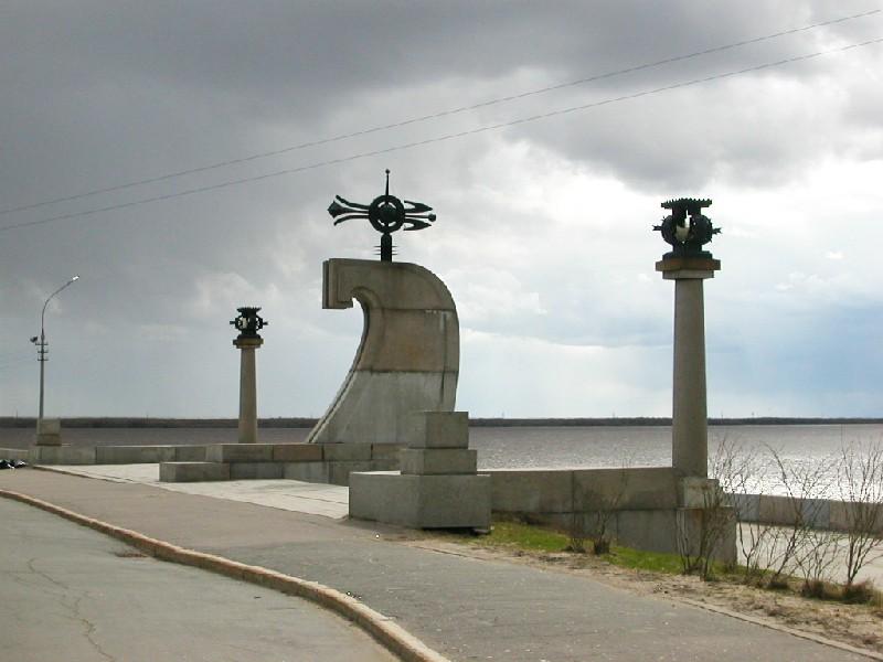 Цены на памятники в чебоксарах архангельске гранитная мастерская цены на шоссе