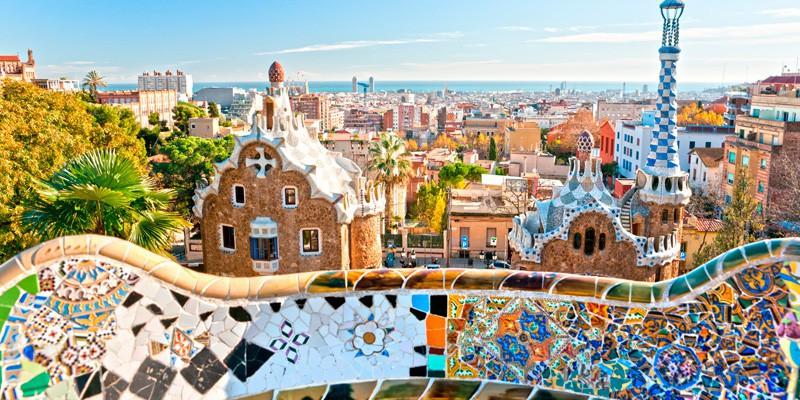 Все самые интересные факты об Испании Испании посвящены тысячи книг сотни фильмов и популярных песен В мировой сфере туризма Испания занимает одно из лидирующих мест