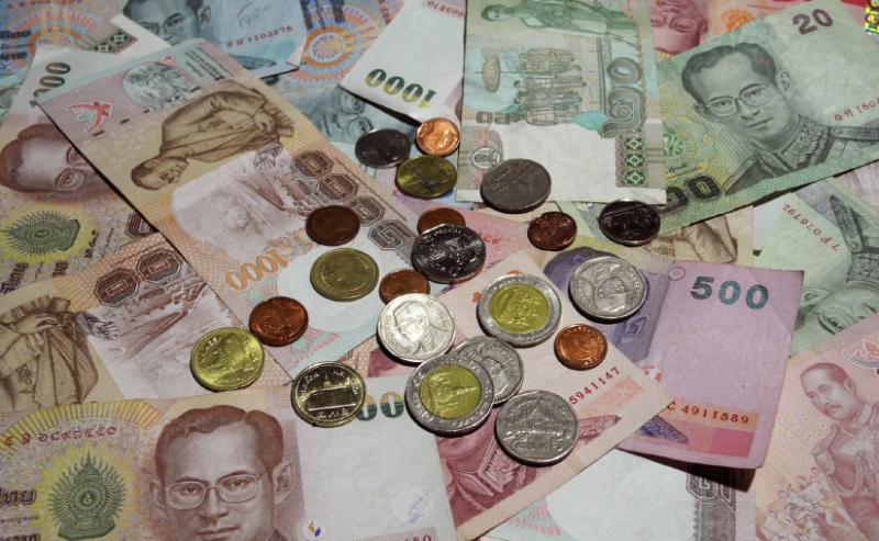С какой валютой ехать в таиланд
